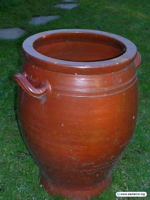 Eautarcie eautarcie dans les pays en voie de d veloppement for Jarres terre cuite jardin